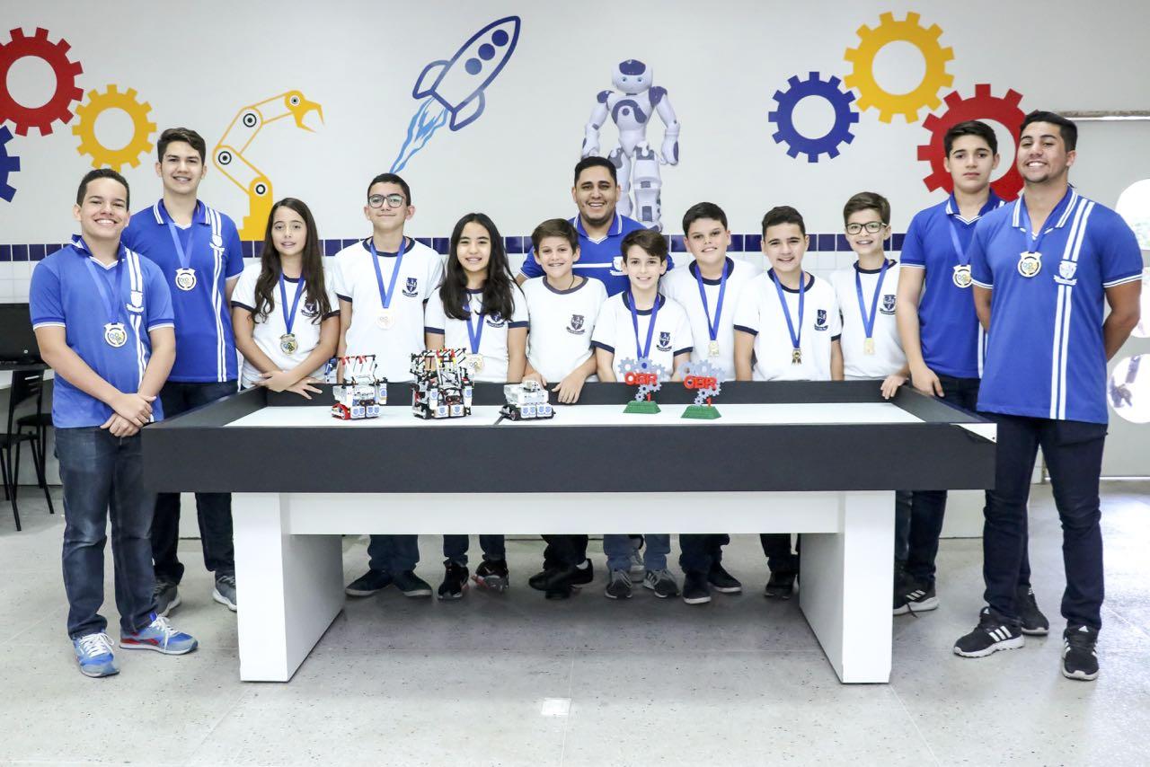 DiOlimpico-tetracampeao-na-etapa-estadual-da-Olimpiada-Brasileira-de-Robotica-2018-foto-Guilherme-Ricarte